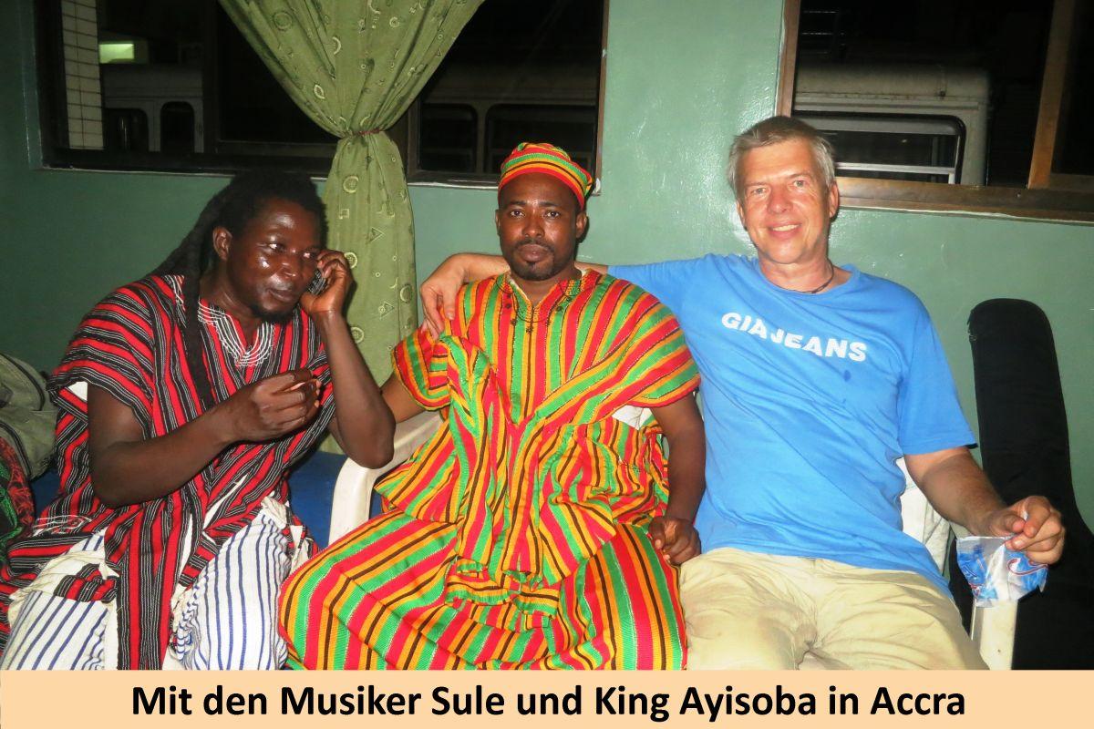 7-Mit-Sule-und-King-Ayisoba-2